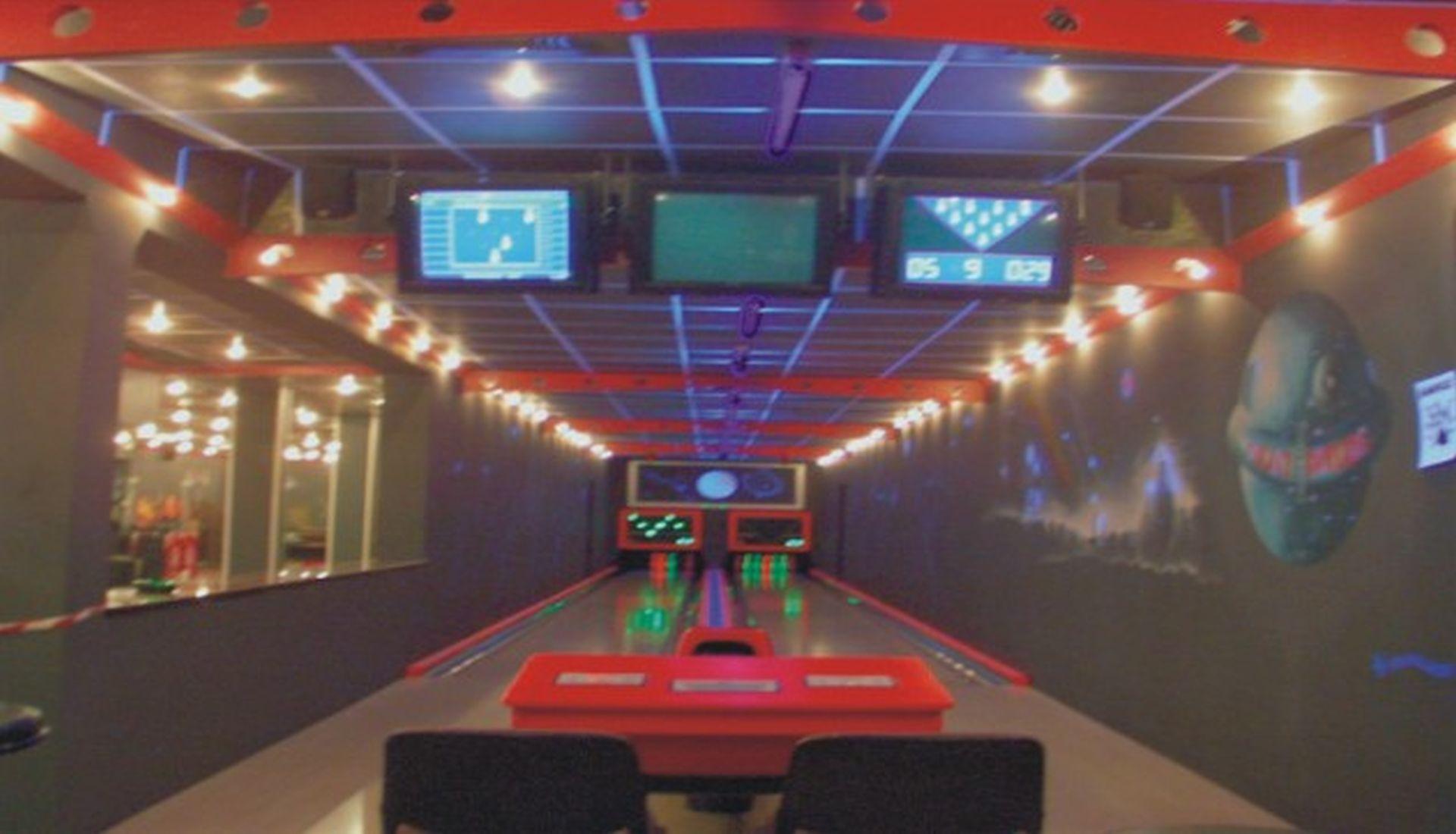 Sch Bild Bowlingbahn