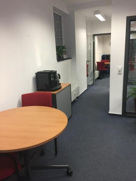 Lat Bild 1 Büro