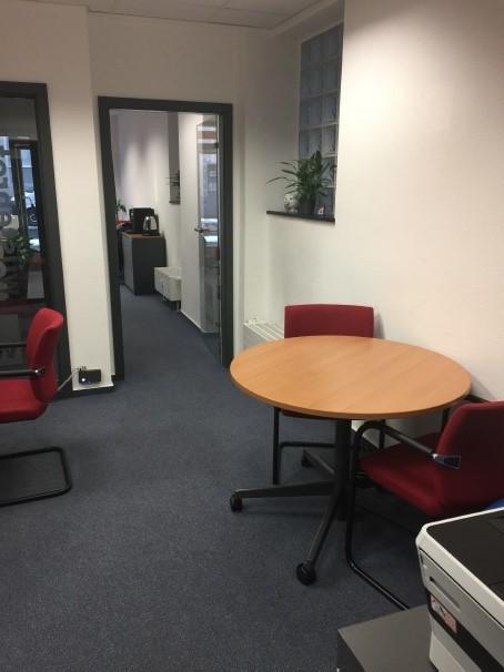 Lat Bild 3 Büro